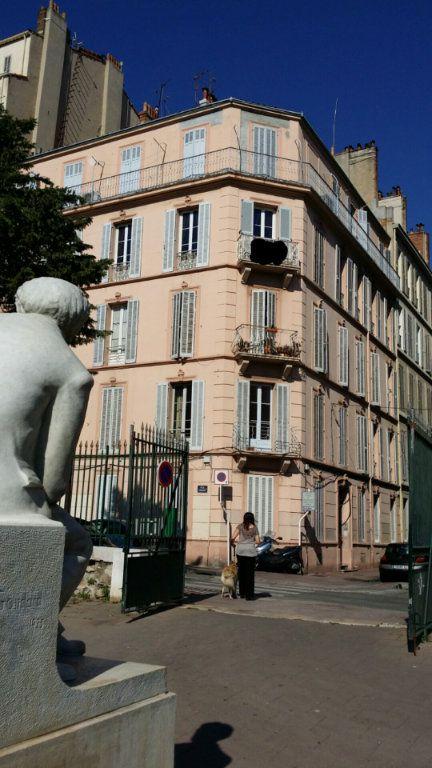 Appartement à louer 3 80.93m2 à Toulon vignette-1