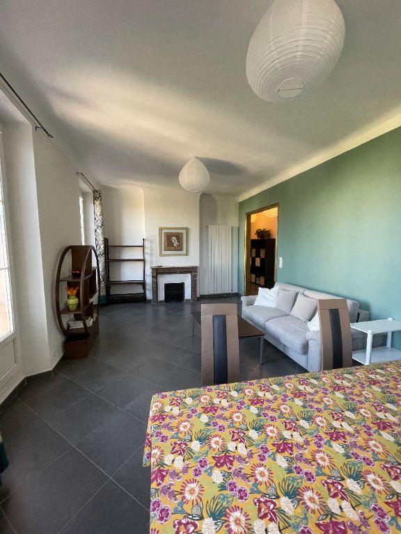Appartement à louer 3 80.93m2 à Toulon vignette-4