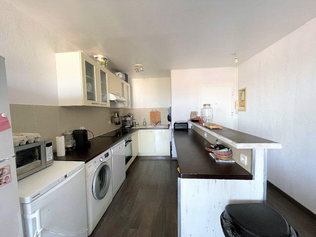 Appartement à vendre 2 50.23m2 à Toulon vignette-1