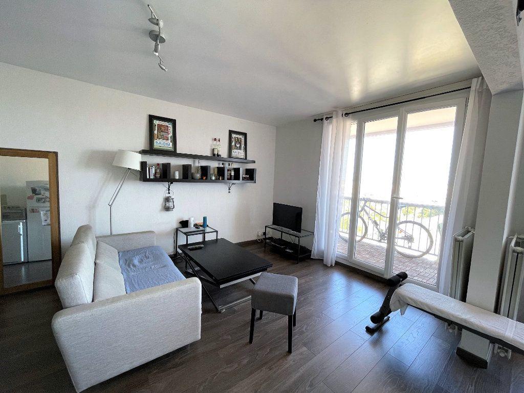 Appartement à vendre 2 50.23m2 à Toulon vignette-2