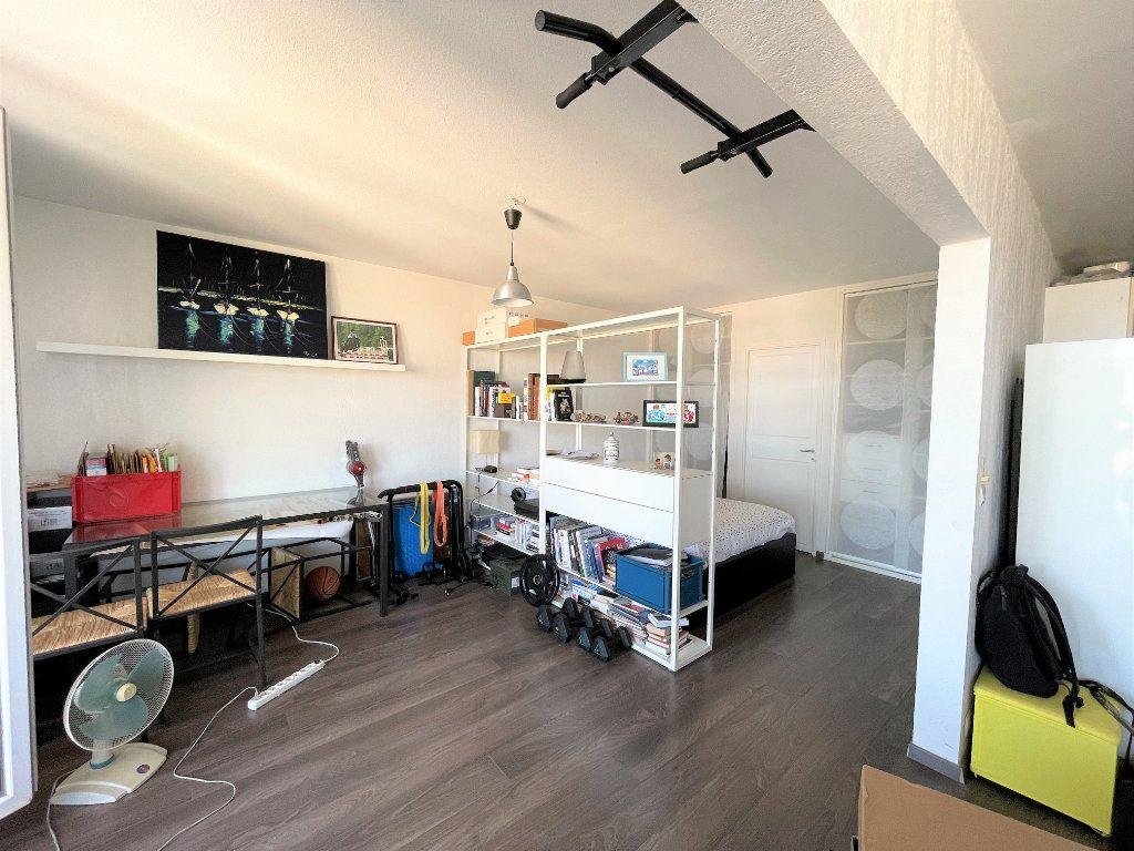 Appartement à vendre 2 50.23m2 à Toulon vignette-4