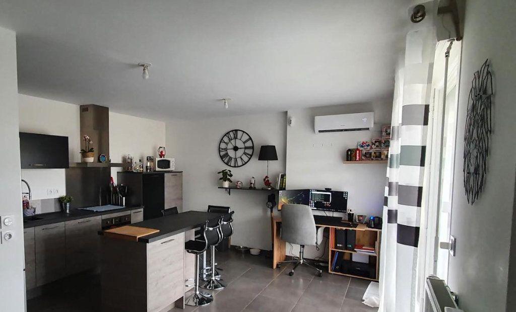 Appartement à vendre 3 59.11m2 à La Seyne-sur-Mer vignette-1