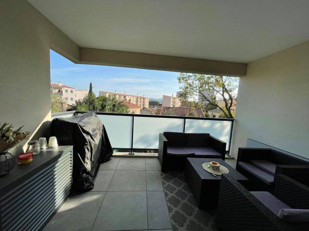 Appartement à vendre 3 59.11m2 à La Seyne-sur-Mer vignette-2