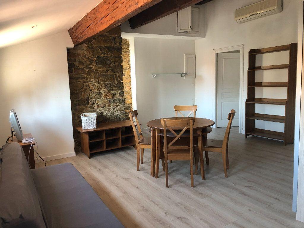 Appartement à louer 2 50m2 à Toulon vignette-1