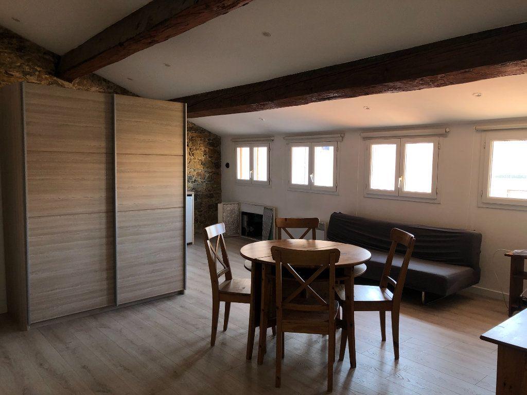 Appartement à louer 2 50m2 à Toulon vignette-2