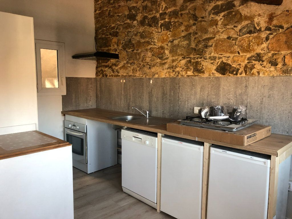 Appartement à louer 2 50m2 à Toulon vignette-3