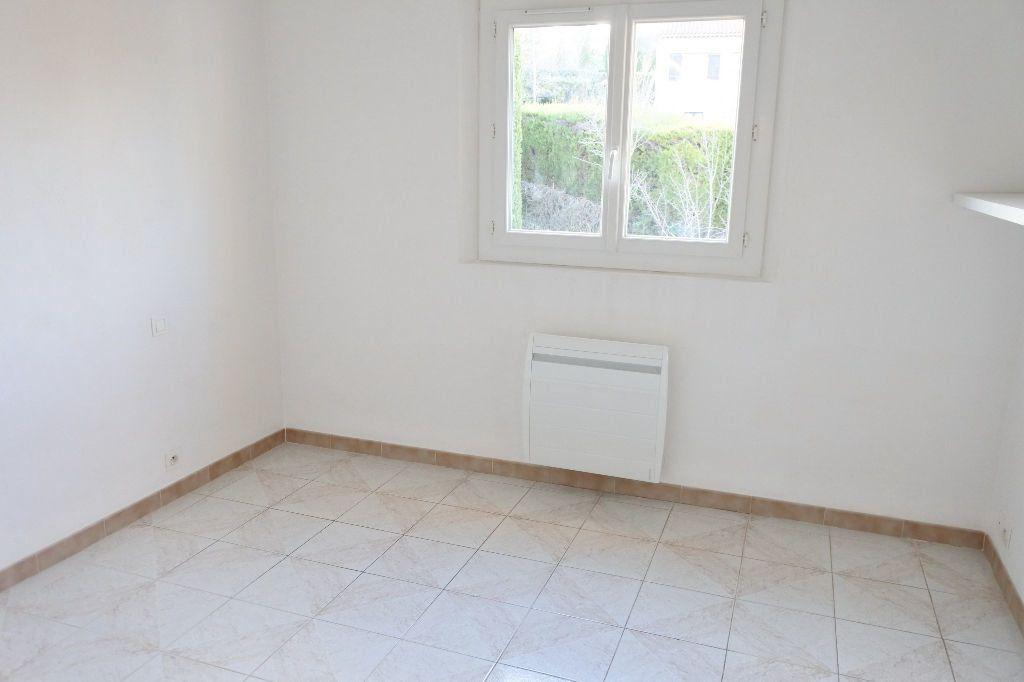 Maison à louer 4 114.4m2 à Mouans-Sartoux vignette-9