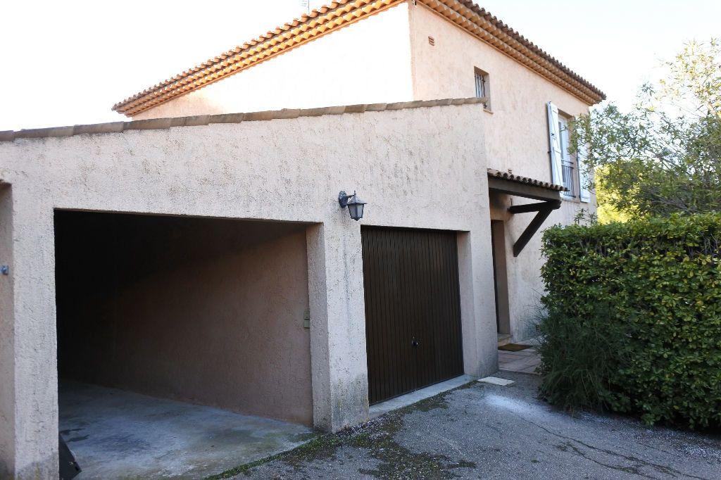 Maison à louer 4 114.4m2 à Mouans-Sartoux vignette-17