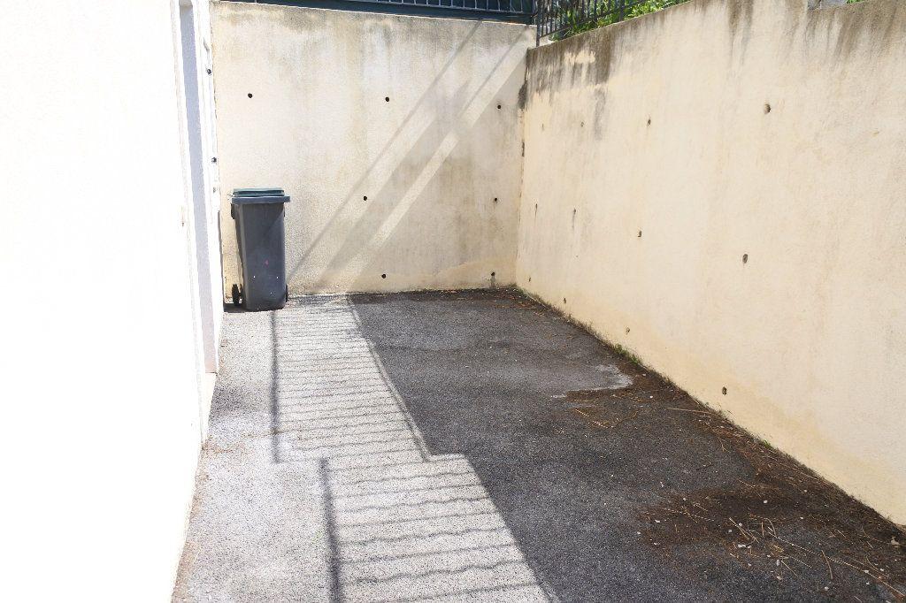 Appartement à louer 2 40.55m2 à La Roquette-sur-Siagne vignette-8