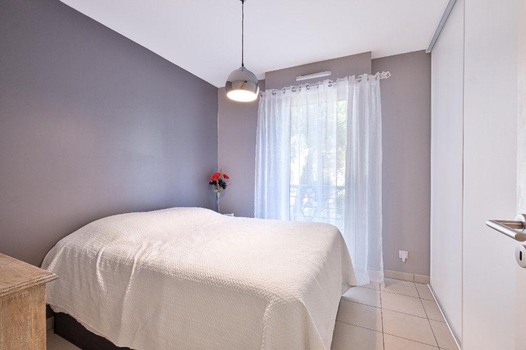 Appartement à vendre 3 59m2 à Cannes vignette-9