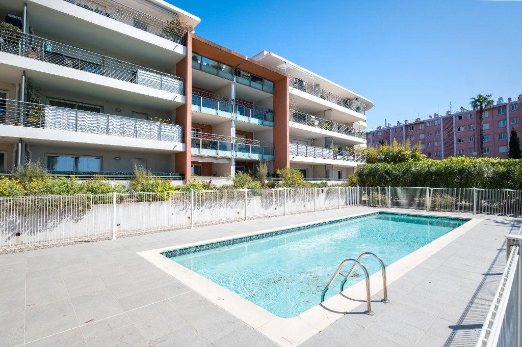 Appartement à vendre 3 59m2 à Cannes vignette-12