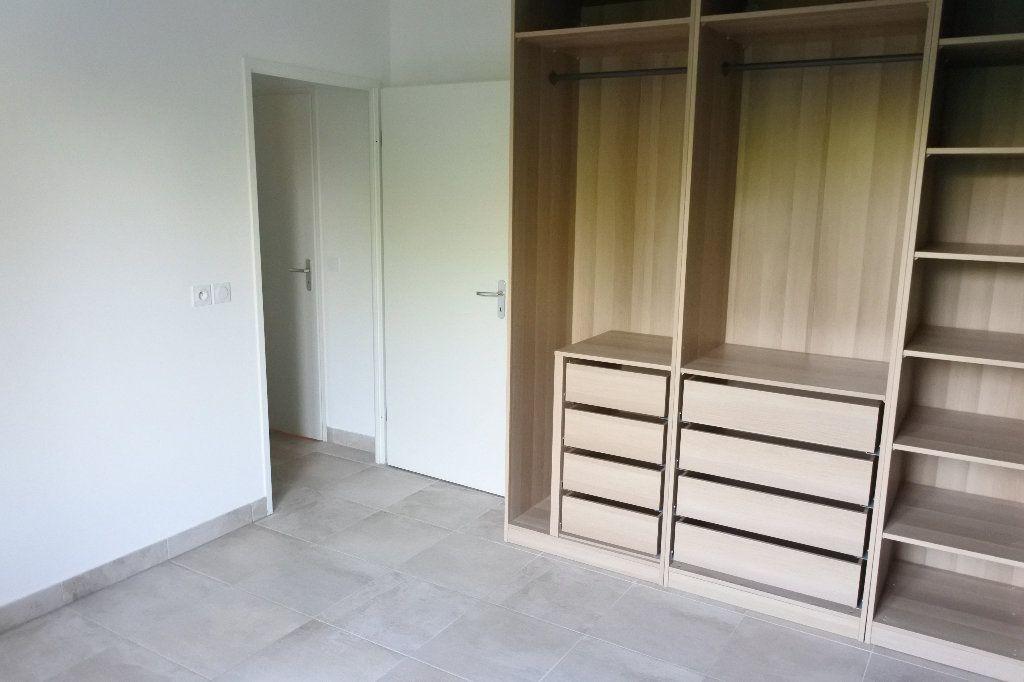 Appartement à louer 3 58.32m2 à Grasse vignette-7
