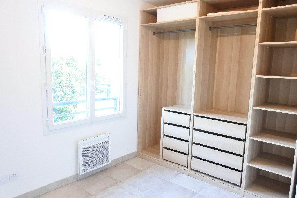 Appartement à louer 3 58.32m2 à Grasse vignette-8