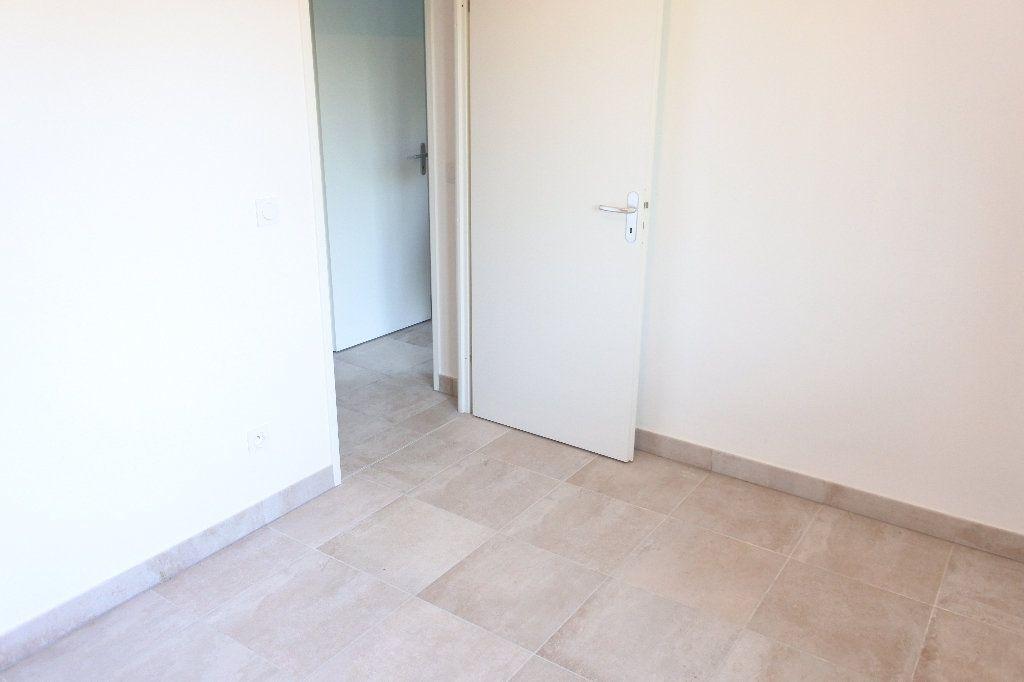 Appartement à louer 3 58.32m2 à Grasse vignette-9