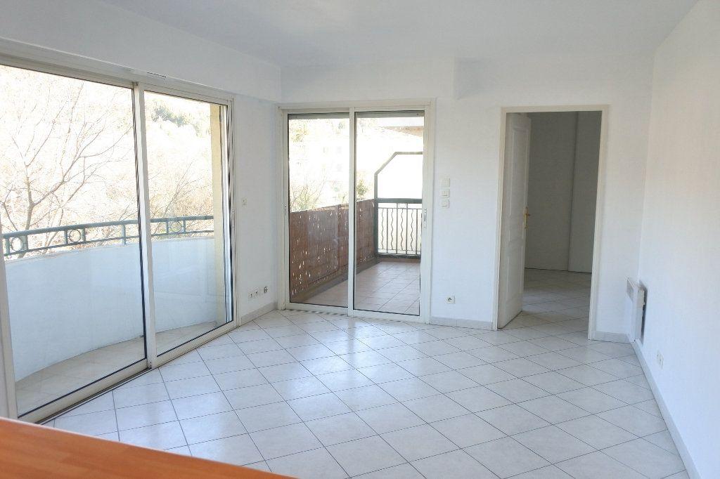 Appartement à louer 2 45.22m2 à Mouans-Sartoux vignette-2