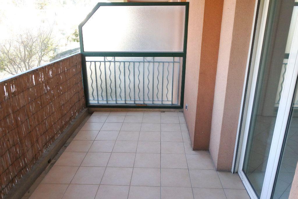 Appartement à louer 2 45.22m2 à Mouans-Sartoux vignette-4