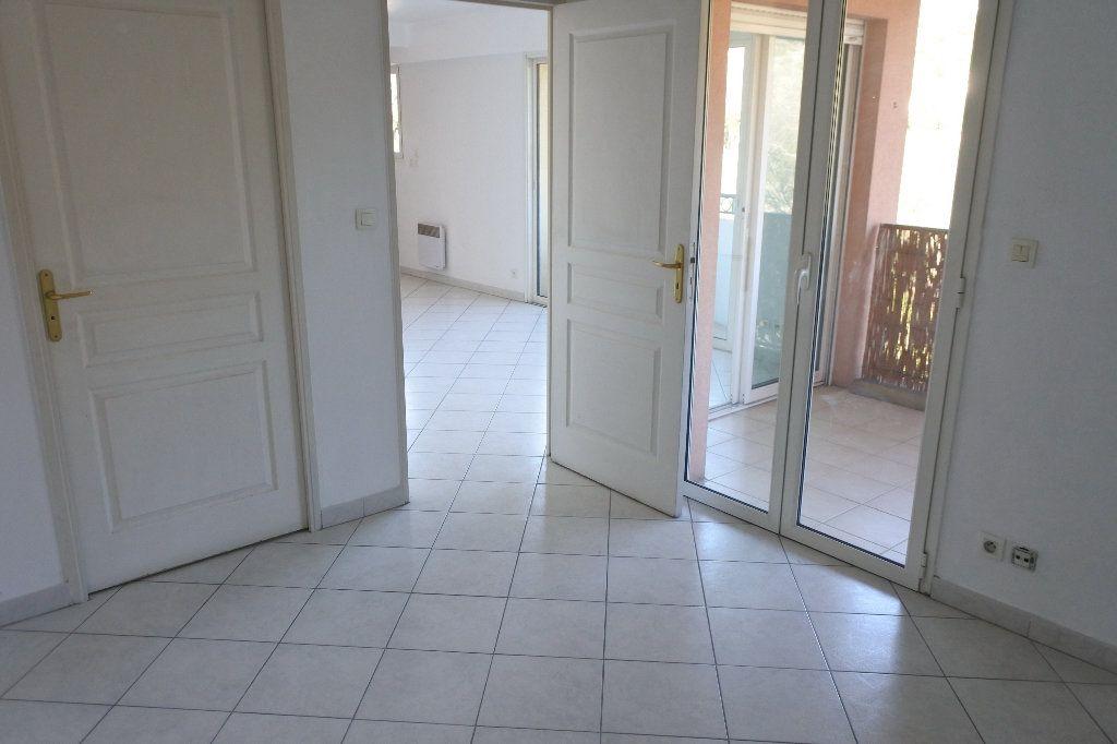Appartement à louer 2 45.22m2 à Mouans-Sartoux vignette-6