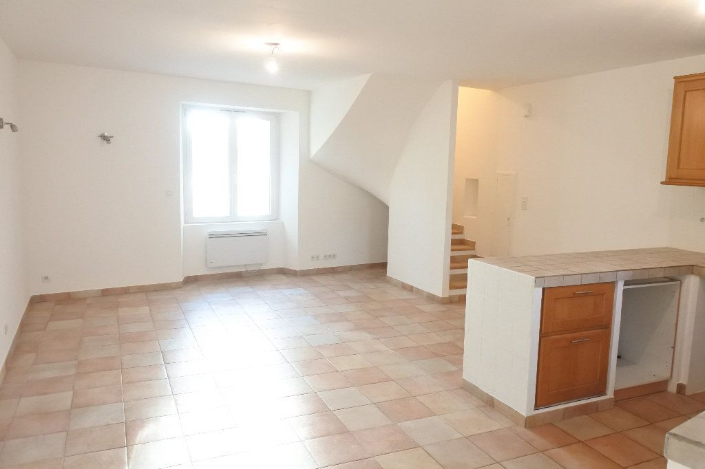 Appartement à louer 4 83.4m2 à Grasse vignette-1