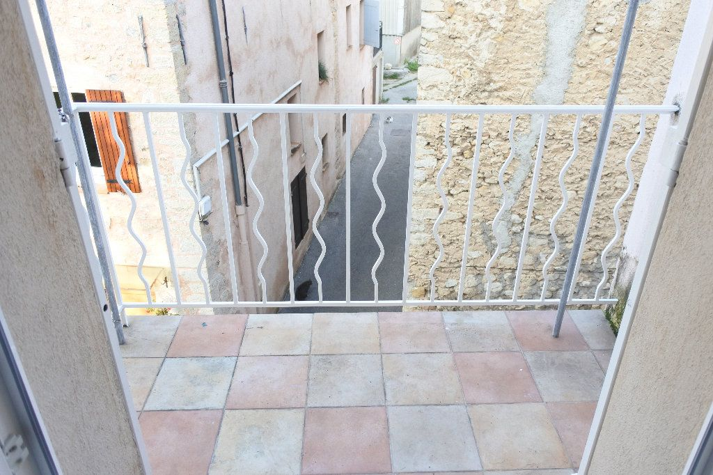 Appartement à louer 4 83.4m2 à Grasse vignette-8