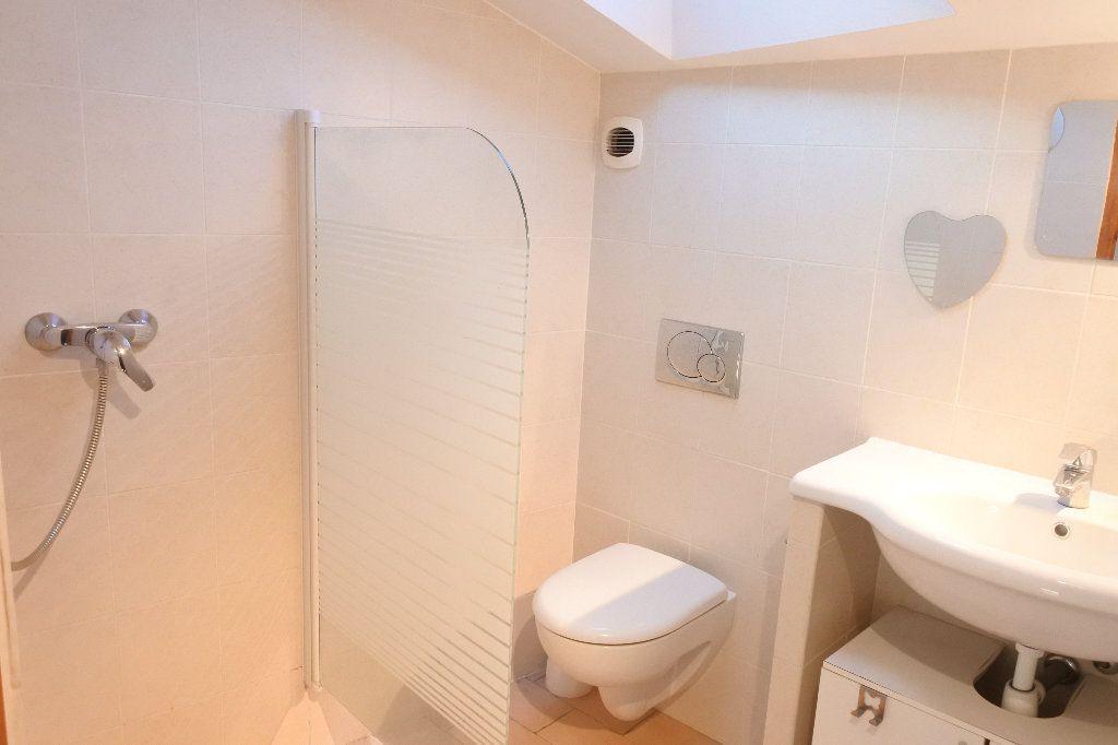 Appartement à louer 4 83.4m2 à Grasse vignette-10