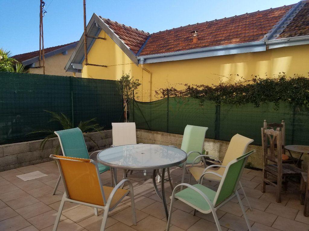 Maison à vendre 3 70m2 à Grasse vignette-2
