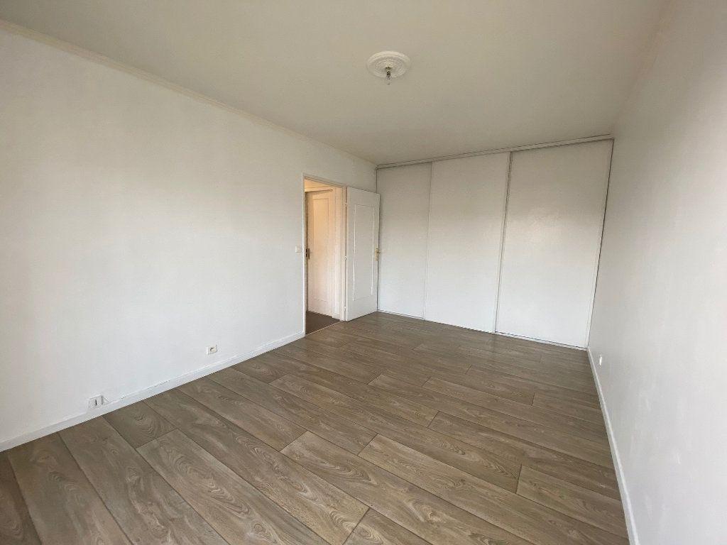Appartement à louer 2 41.8m2 à Mouans-Sartoux vignette-2