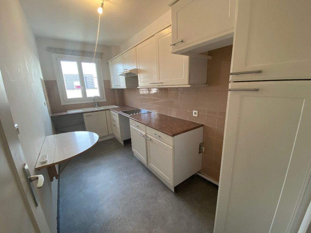 Appartement à louer 2 41.8m2 à Mouans-Sartoux vignette-4