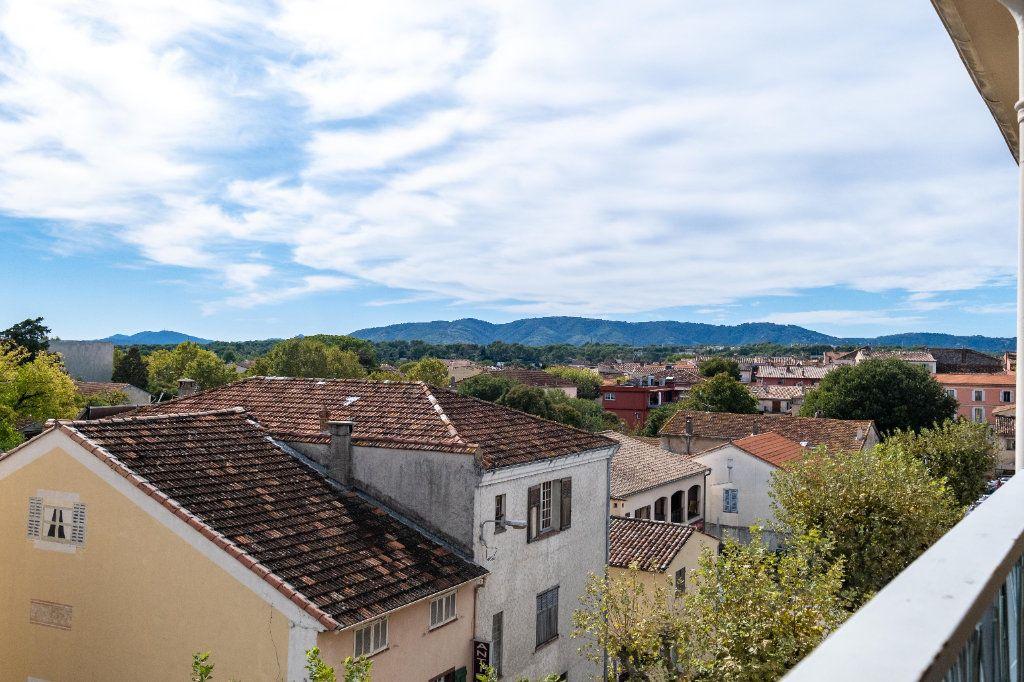 Appartement à louer 2 41.8m2 à Mouans-Sartoux vignette-9