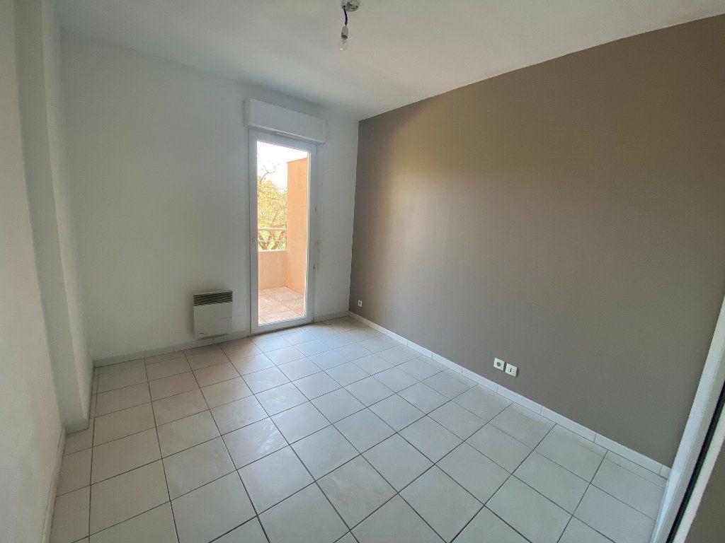 Appartement à louer 2 33.61m2 à Mouans-Sartoux vignette-4