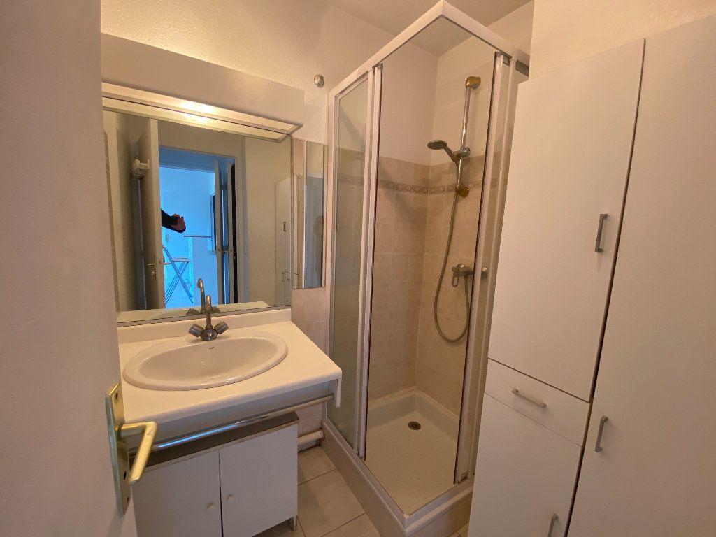 Appartement à louer 2 33.61m2 à Mouans-Sartoux vignette-6