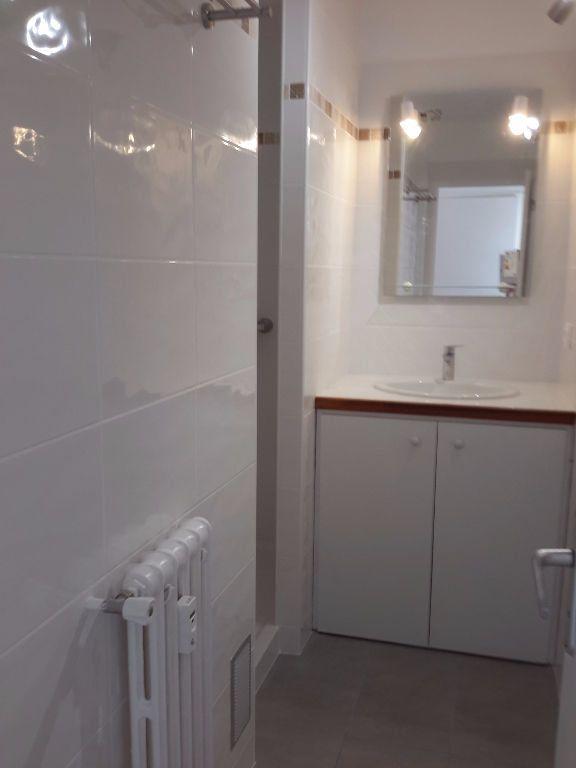 Appartement à louer 3 54.44m2 à Grasse vignette-4