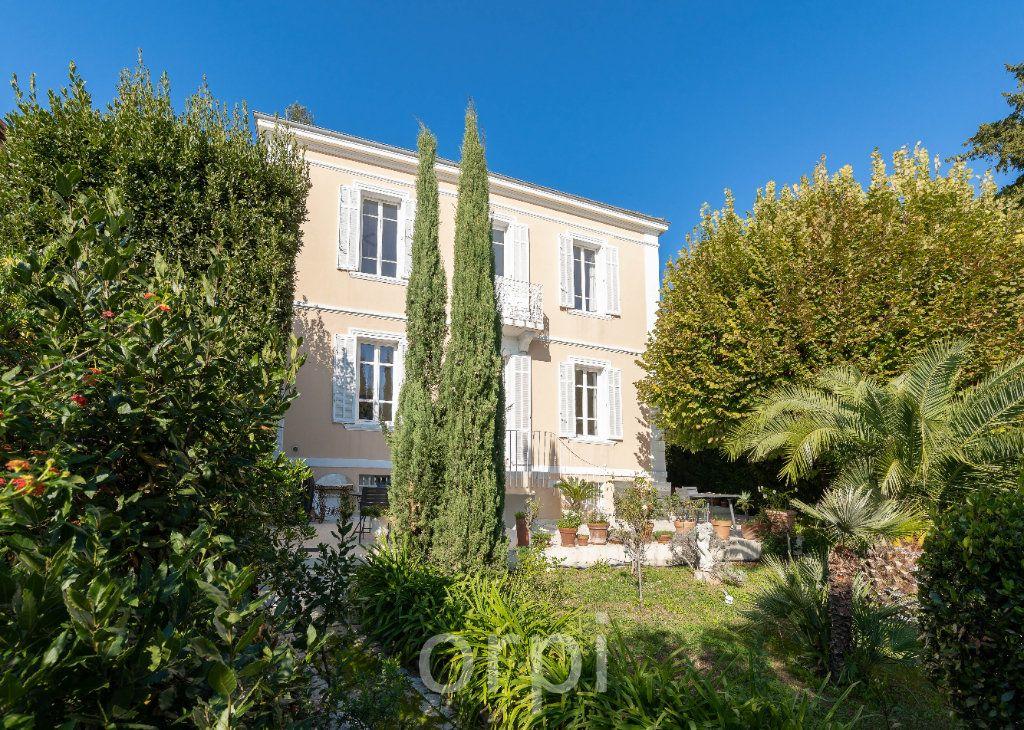 Maison à vendre 6 204m2 à Grasse vignette-1