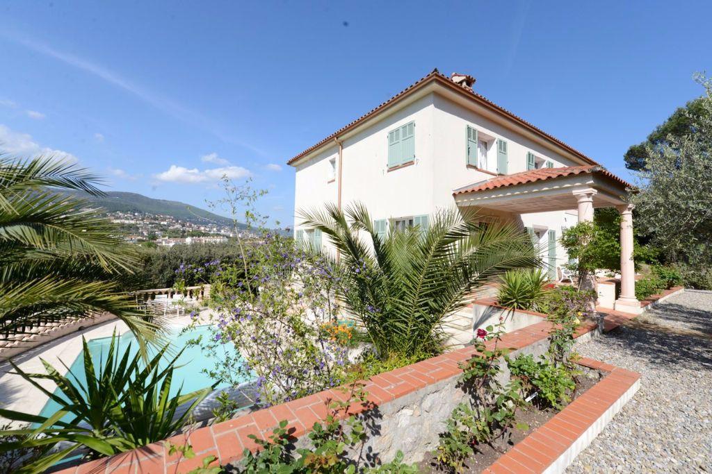 Maison à vendre 6 185.12m2 à Grasse vignette-2