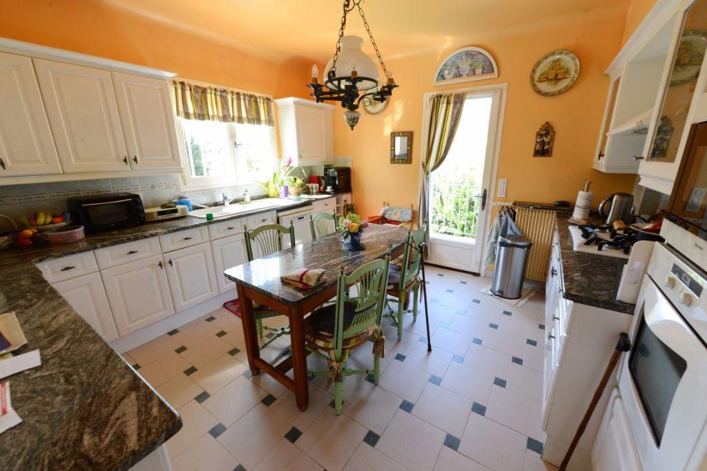 Maison à vendre 6 185.12m2 à Grasse vignette-11