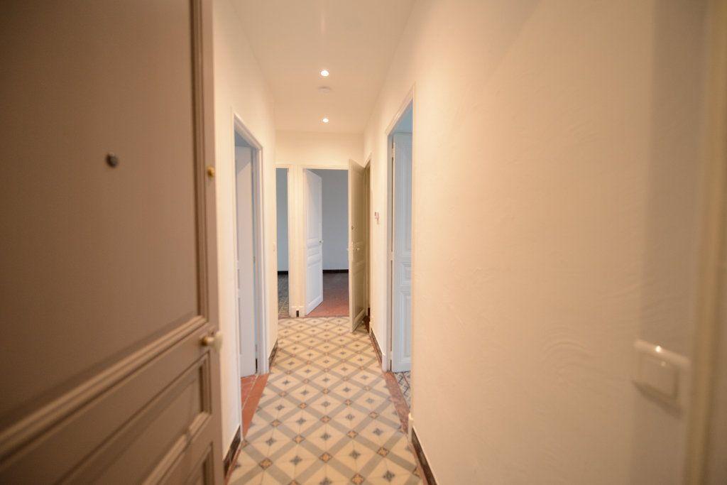 Appartement à louer 3 66.39m2 à Mouans-Sartoux vignette-1