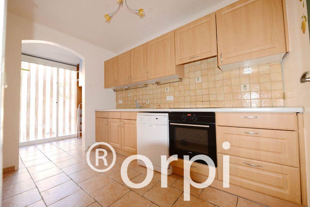Appartement à vendre 3 68.66m2 à Grasse vignette-3