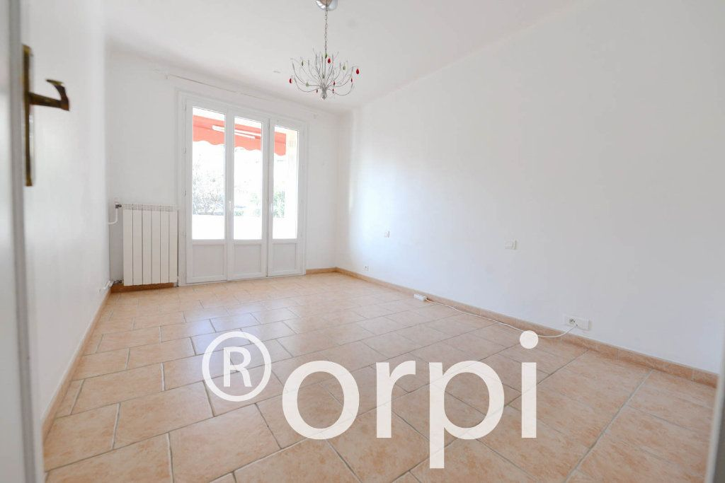 Appartement à vendre 3 68.66m2 à Grasse vignette-4