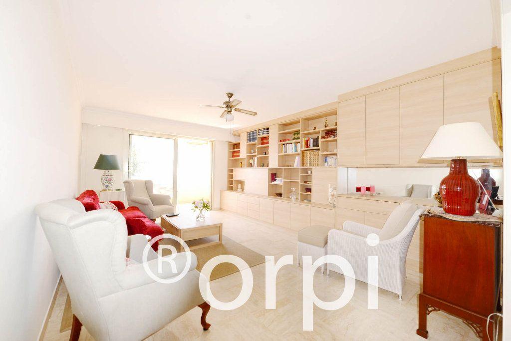 Appartement à vendre 4 103.51m2 à Grasse vignette-2