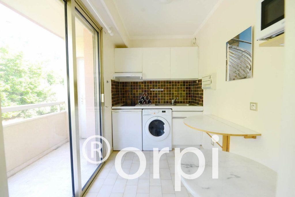 Appartement à vendre 4 103.51m2 à Grasse vignette-8
