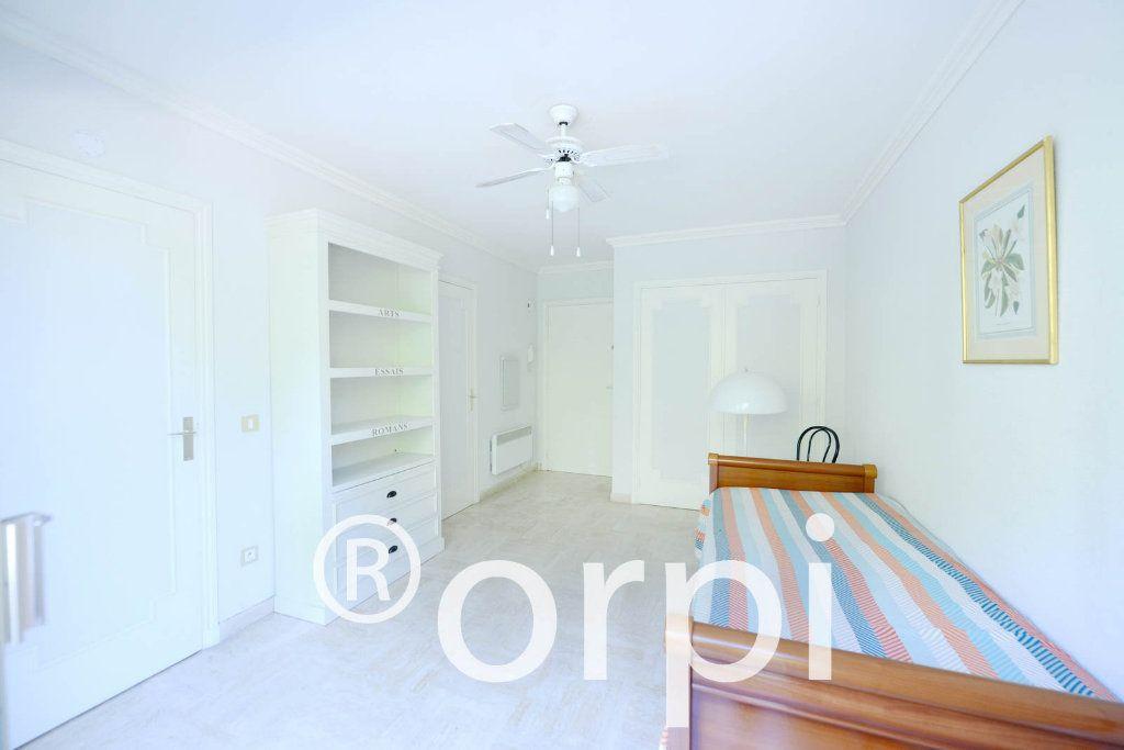 Appartement à vendre 4 103.51m2 à Grasse vignette-11
