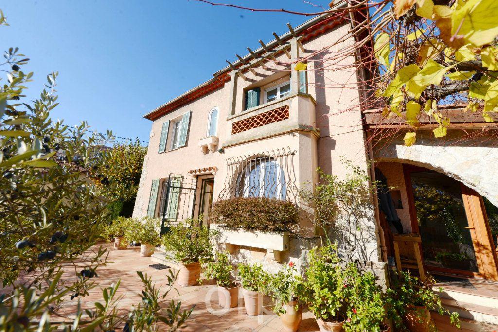 Maison à vendre 6 176.58m2 à Grasse vignette-1