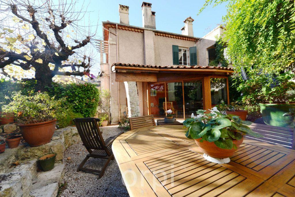 Maison à vendre 6 176.58m2 à Grasse vignette-2