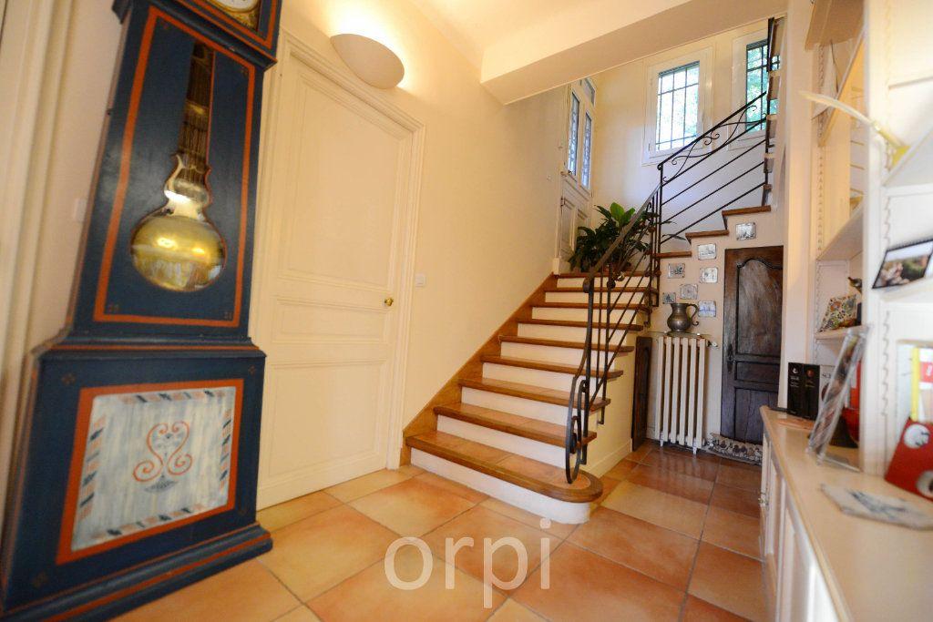 Maison à vendre 6 176.58m2 à Grasse vignette-8