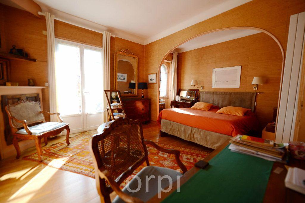 Maison à vendre 6 176.58m2 à Grasse vignette-11