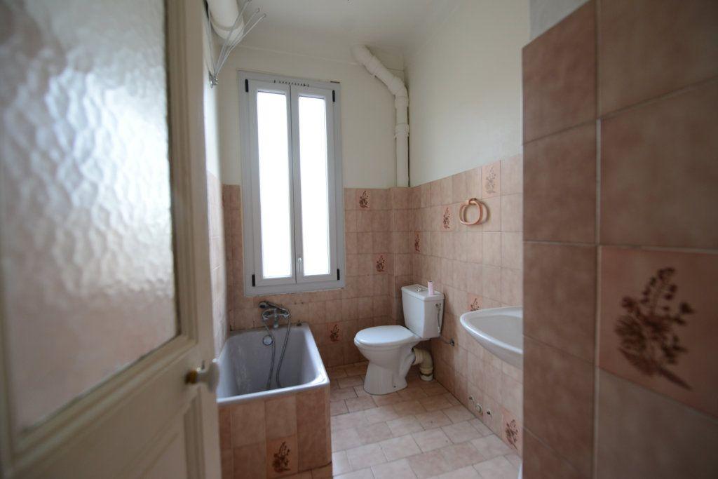 Appartement à louer 3 56.34m2 à Grasse vignette-5