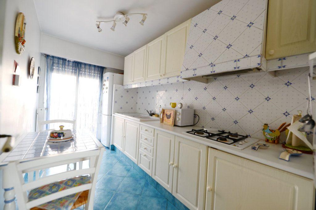 Appartement à vendre 3 62.41m2 à Grasse vignette-4