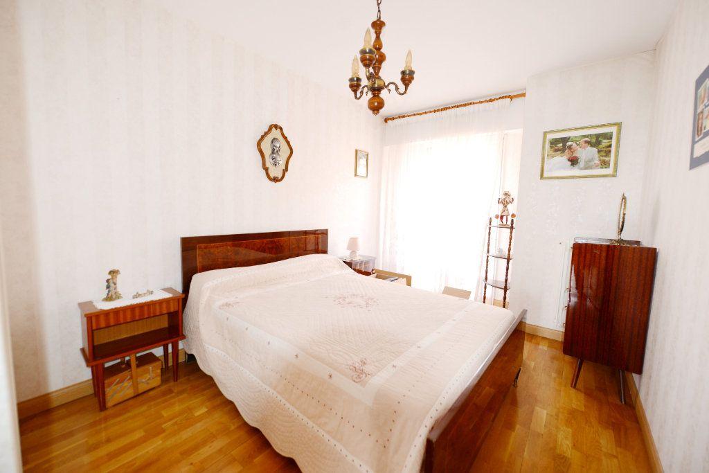 Appartement à vendre 3 62.41m2 à Grasse vignette-5