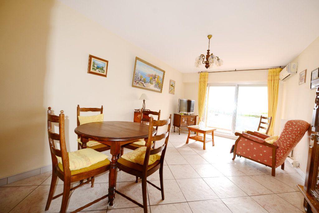 Appartement à vendre 3 62.41m2 à Grasse vignette-9