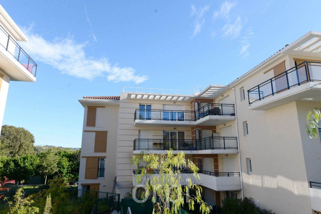 Appartement à vendre 3 58.42m2 à Grasse vignette-1