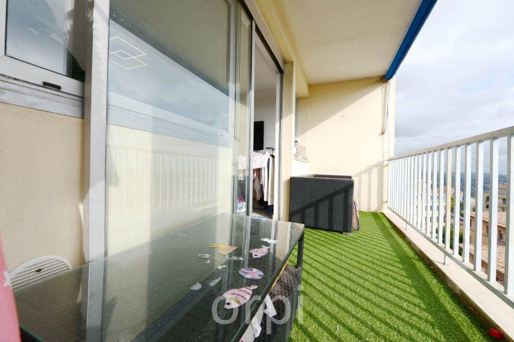 Appartement à vendre 3 66.38m2 à Grasse vignette-2